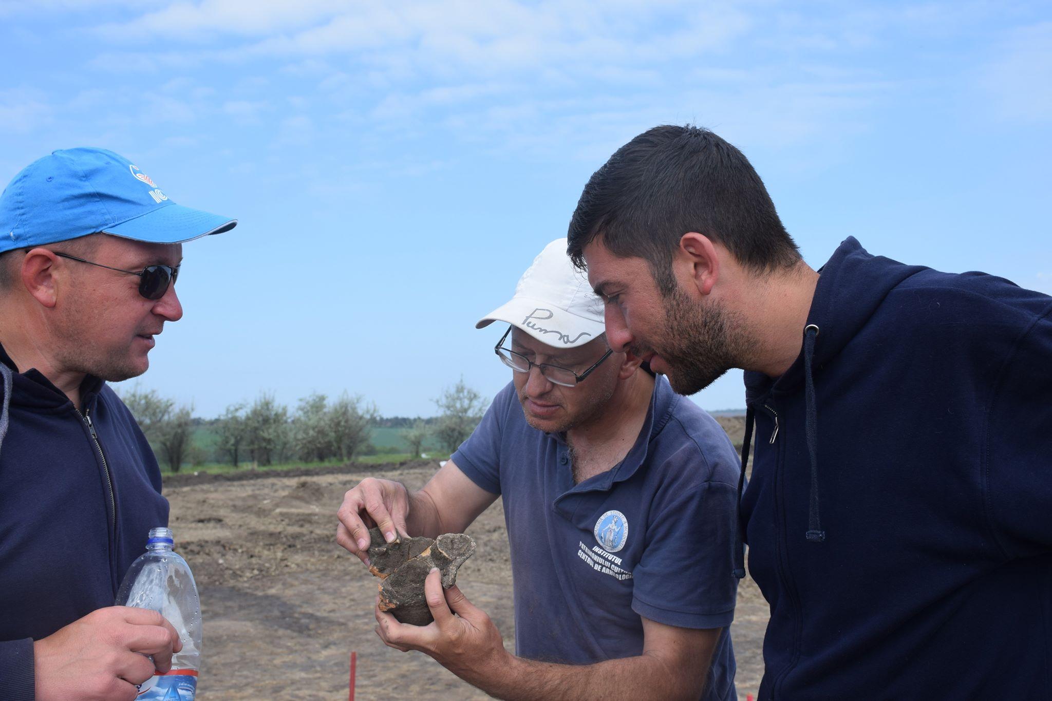 Despre unul dintre șanțurile identificate și parțial cercetate în situl eneolitic Cucuteni A (mil. V î.Hr.) de la Cobani-Pe Stâncuță.